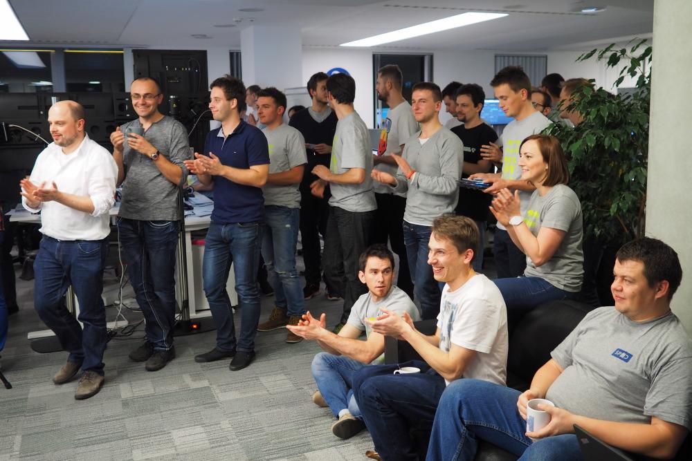 Standing ovation during Polaris Team presentation