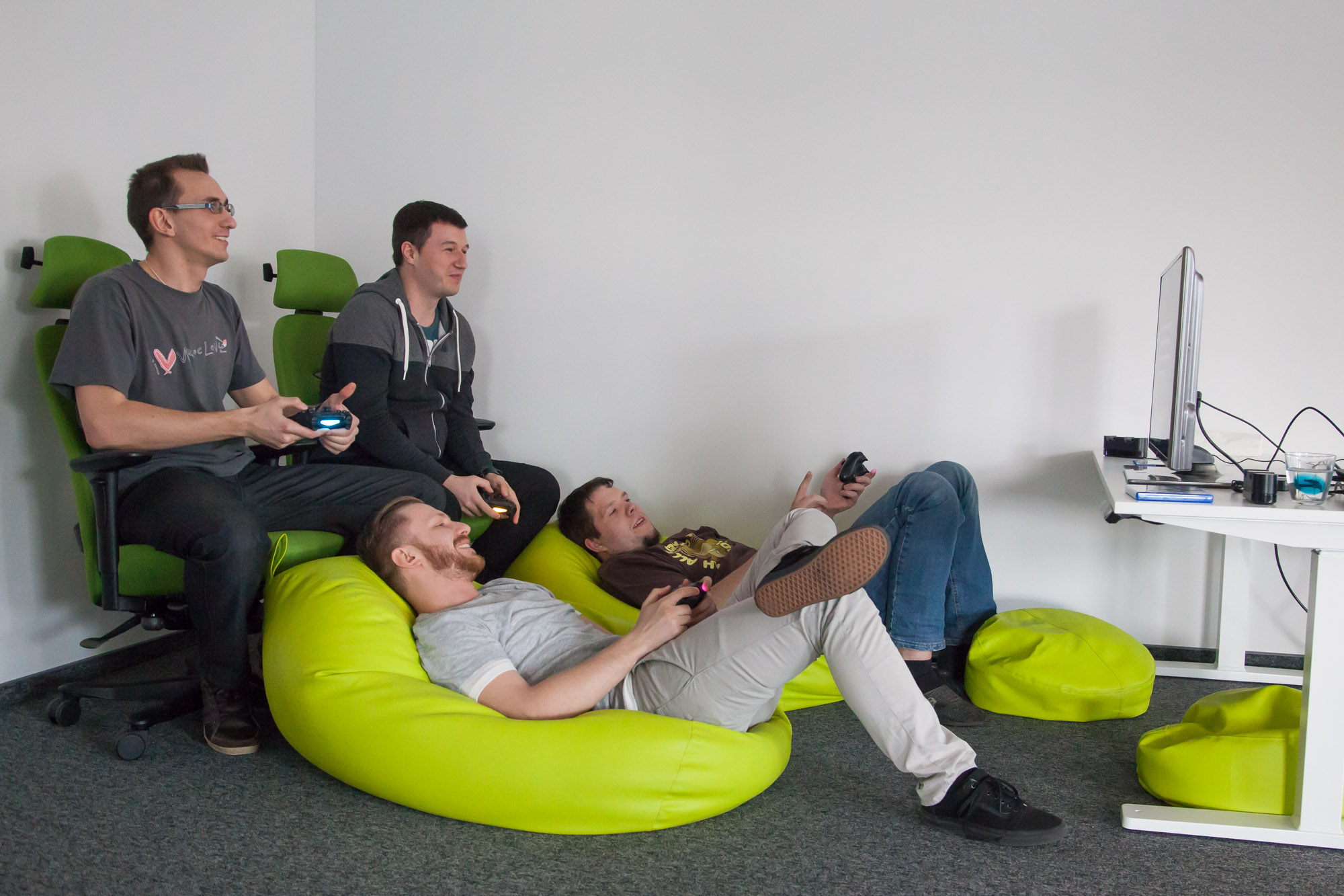 Developers at Schibsted Tech Polska´s office in Gdansk taking a break from programming. Photo: John Einar Sandvand