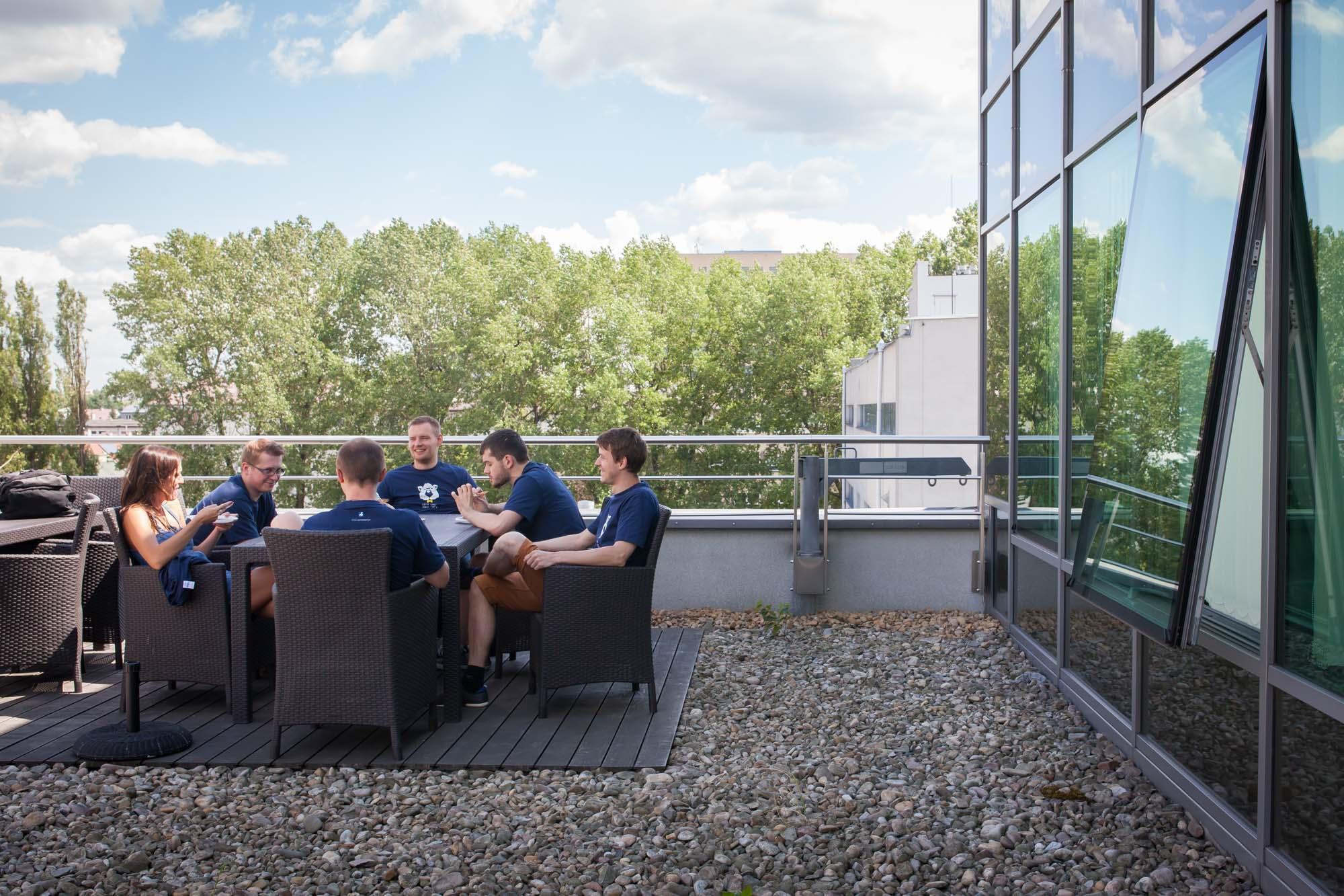 Lunch break on the rooftop terrace.