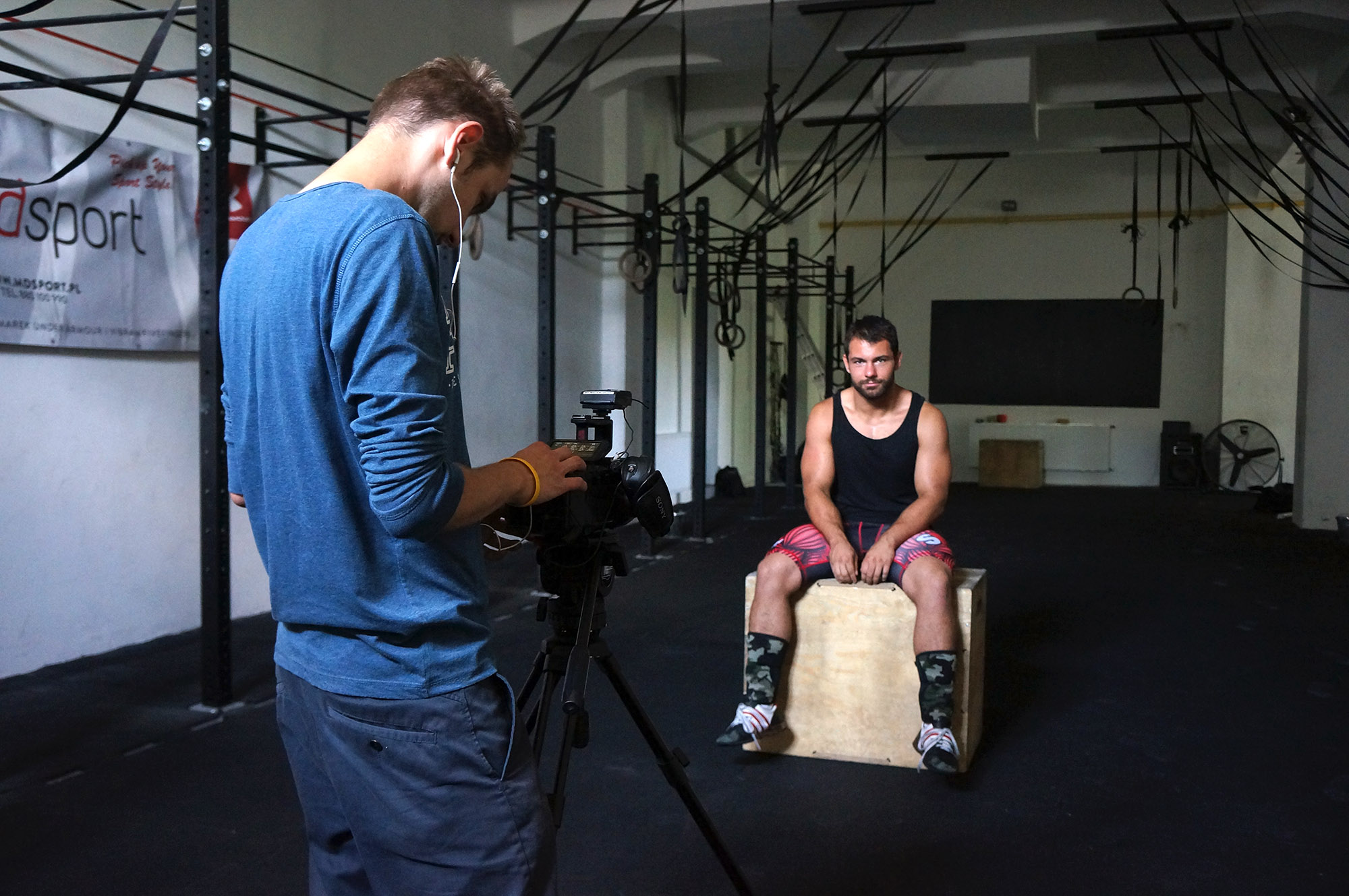 Passion for crossfit training: Adrian Kremski is being recorded for the STP video