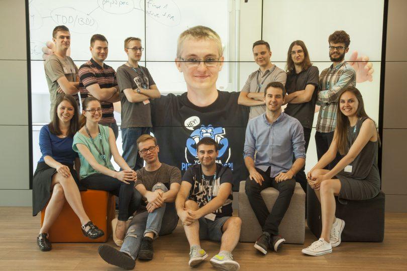 summer-interns-2016-widercrop