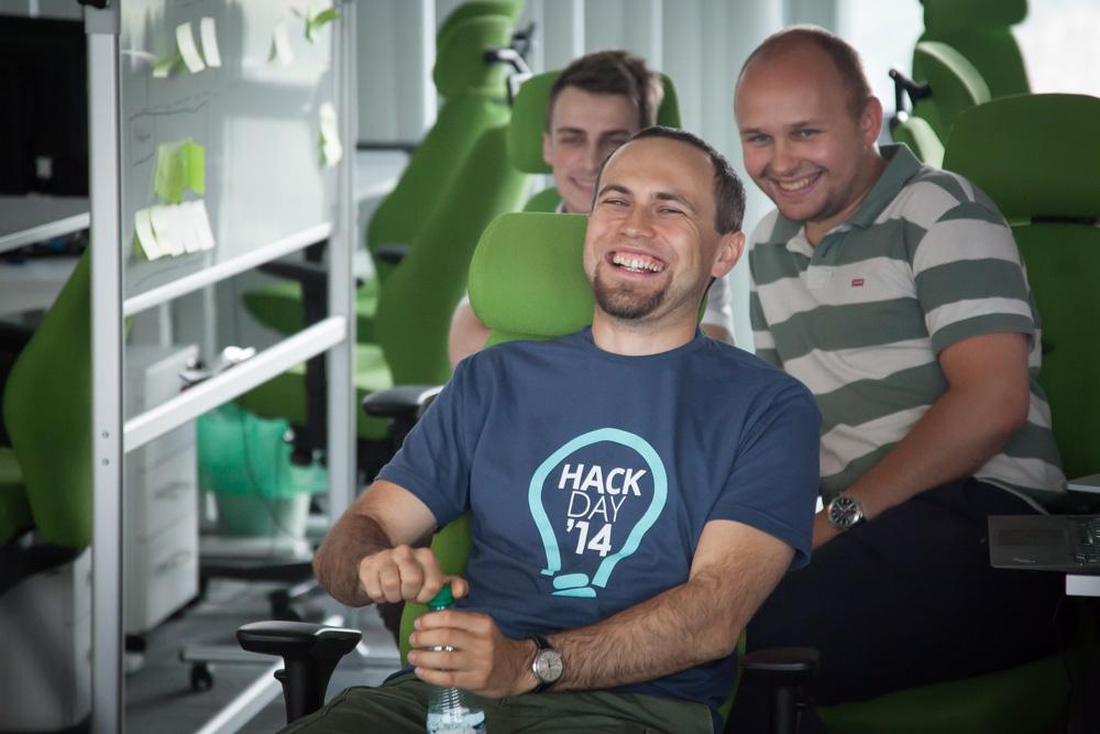 Presentations at Hack Day are often very entertaining. Photo: John Einar Sandvand