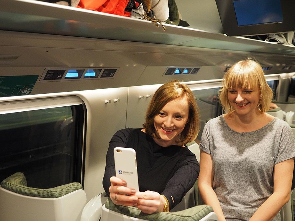 Taking a selfie on the new Pendolino train: Aleksandra Grzybowska and Justyna Cieciora. Photo: Robert Tekielak